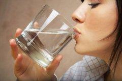 专家支招:防治高血脂 七大饮食原则